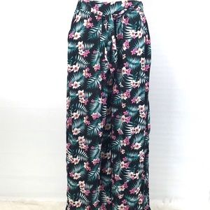 3 for $25  Wide Leg Palazzo Pants Floral  Large/XL